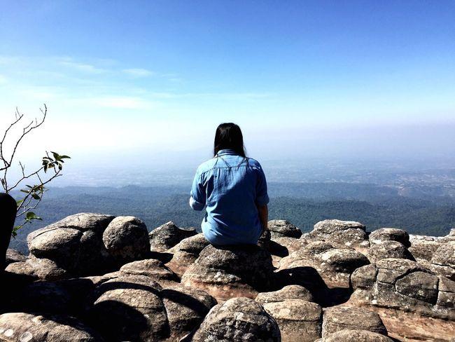 LAN HIN PUM [ PHET CHA BUN ] : ลานหินปุ่ม