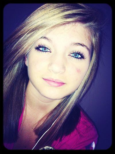 Blue eyes<3
