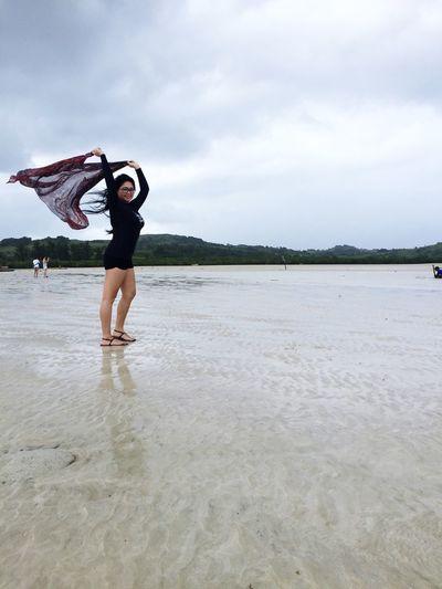 Chubby self enjoying the Sand Bar of Manlawi Island