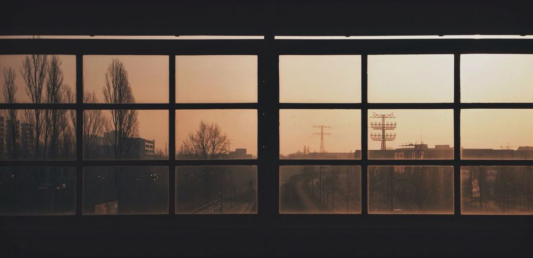 « Doors and Distance » Light Window Sunset Cityscapes Skyline