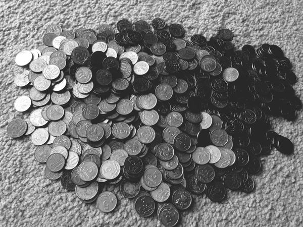 Blackandwhite Huybes Money
