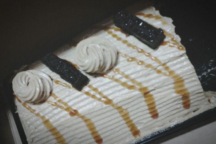 Happy Birthday to me!! :) Food Trip Food Porn Sweets Birthday Cake Mocha