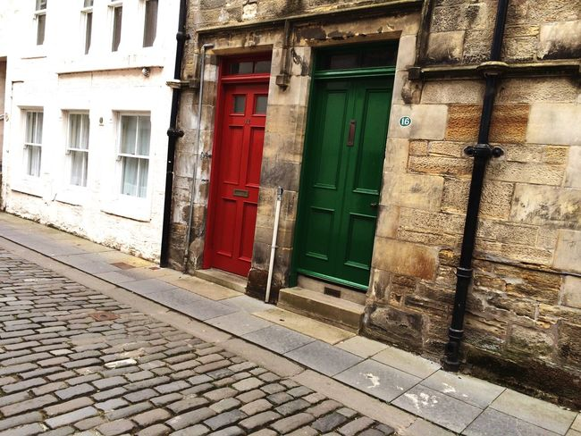 Pattern Pieces Red And Green Cobblestones Doors