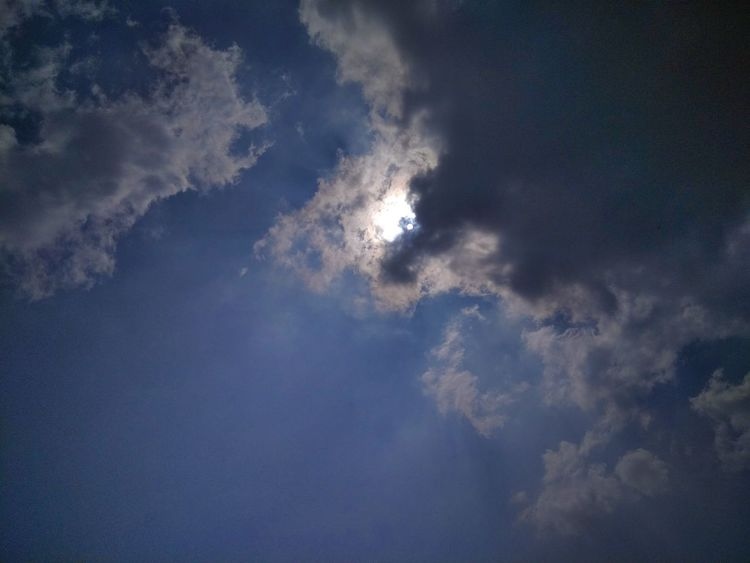 Cloud - Sky Sky Nature Sun Blue Outdoors No People Day Beauty In Nature Backgrounds Storm Cloud Studentphotography Mobile Photography