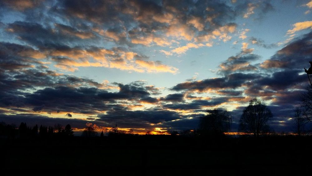 Taking Photos Nofilter Check This Out Relaxing Enjoying Life Sunset Yesterday Gestern Abend Evening Sky