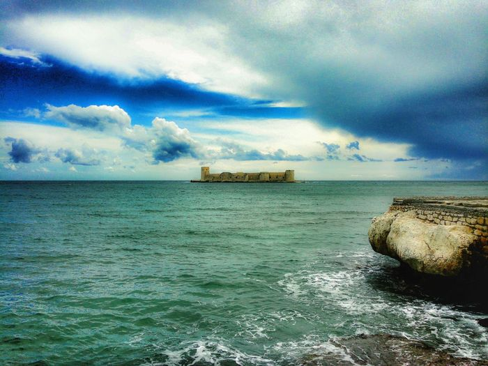 Kızkalesi Sea Blue White Deniz Kızkalesi Photo Photography Photographer First Eyeem Photo Relaxing