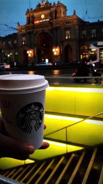 But first. Coffee! #coffee #Starbucks #zurich #Switzerland #travelling #havingfun #cold #rainyday Architecture Night Travel Destinations City