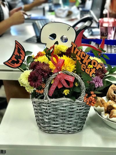 Basket Flower Indoors  Close-up Freshness Day Halloween Halloween Decorations Happyhalloween Autumn 31 October Handmade Decorations Skull