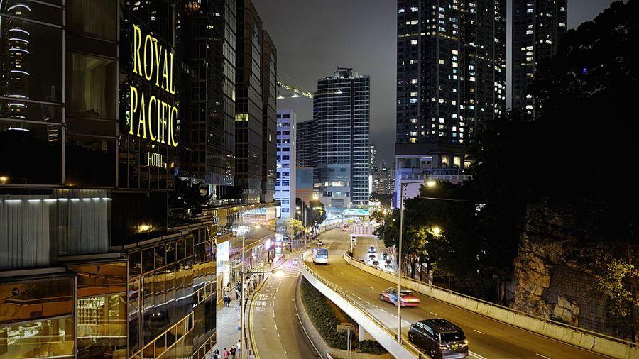 Canton Rd TST HongKong Discoverhongkong Tsim Sha Tsui 尖沙咀 Leica Leicaq Nightphotography Streetphotography Night Lights Street