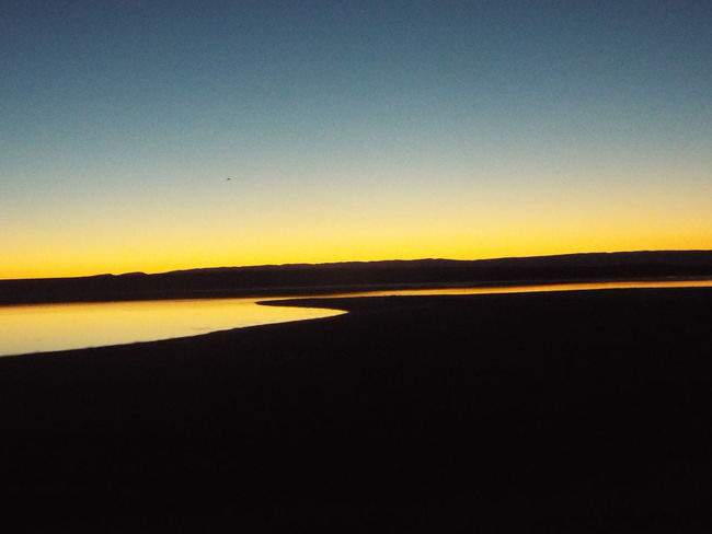 Simple Beauty No Edits No Filters  Dark And Light Wyoming Adventure Water Lakeside Darkness And Light Travelphotography Outdoor Photography Colorful Simplicity Sunrise Beautiful View Skyline 43 Golden Moments