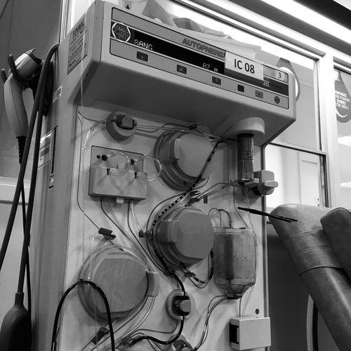Photo jour 4 - 7 jours, 7 photos Défi Indoors  Technology Photography Taking Photos Noir Et Blanc Black And White Don De Plasma Santé Blood Plasma Donation No People