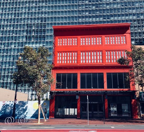 San Francisco Modern And Old Architecture Street City Tree Outdoors Day Building Exterior Built Structure Architecture Red