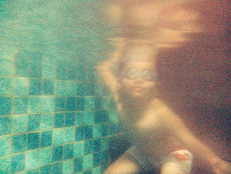 Kids Swimming Kid Underwater Lenovo Ideaphone