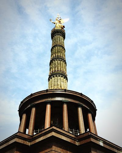 Angel Victorycolumn Column Monument Urban Architecture Square Germany Berlin Mitte History Historic