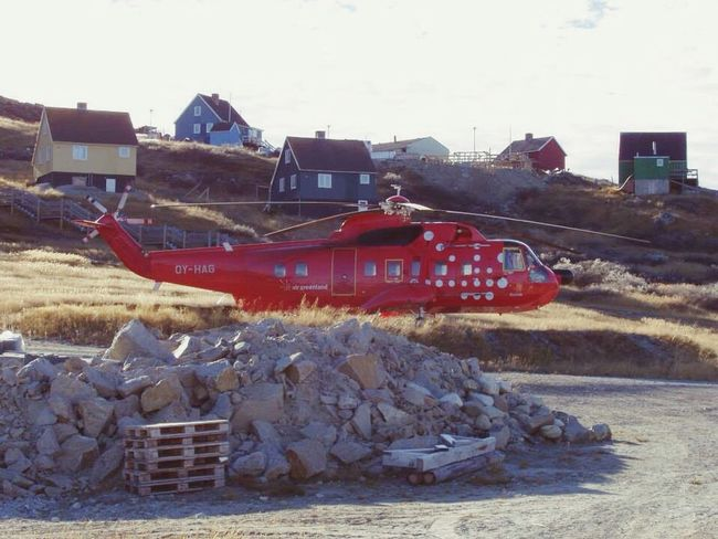 Sikorsky Check This Out The Real Greenland Nature Colors Flying Low Wonderfuld Greenland Parking Parking Area Parkingplace Parking Spot Transportation Travel Travel Photography Traveller Traveladdict Transportation Sky Mode Of Transportation Day Machinery Land Vehicle Construction Industry Industry Clear Sky Construction Machinery Construction Site Built Structure Outdoors Architecture
