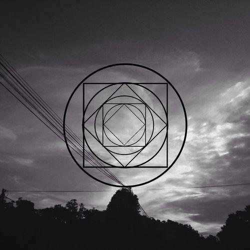 Circles & Squares. Sin