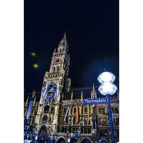 Munique. Munichworld Munichcity Marienplatz Featuremeofh @1x5 1x5 Parededevidro Fotoxigenio Retragos Boagaleria