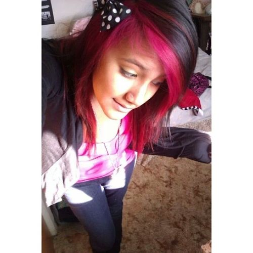 Throwback to when I had pink hair :p Throwbackthursday  Tbbt Pinkhair pink longhair scenehair scene hairbow dyed Love Cute Like Follow Tagsforlikes Girl Picoftheday Instalike Selfie Webstagram Hair Sun poser