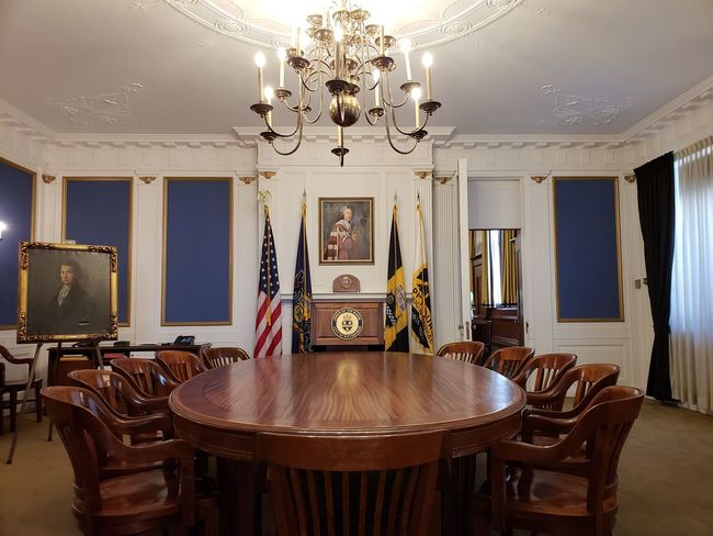 Conference Room Round Table City Of Pittsburgh Pennsylvania Pittsburgh Mayor's Office Politics And Government Government Building Home Showcase Interior Luxury Furniture Chair Table Curtain Architecture Chandelier Hanging Light Ceiling Architecture And Art