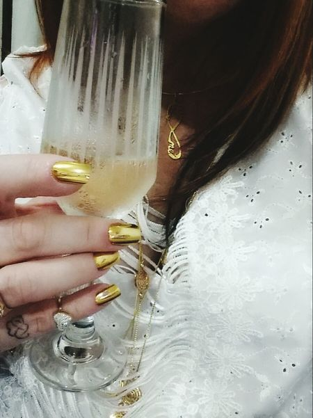 Happynewyear2017 Human Hand Party Time Drink Champagne Glasses Only Women Human Body Part Women Fashion Lifestyles People Wedding Ceremony Gold Drinking Glass Relaxing Moments Enjoynight ThatsMe Firts Eyeem Photo JustMe Champagne Glass White Color Woman Portrait Looking At Camera Womanselfie