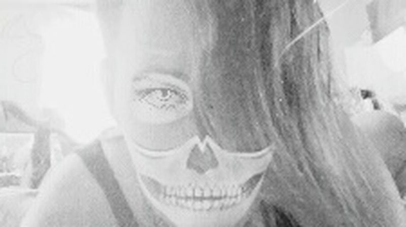 Mask Skullporn Skull Concept Skulls💀 One Person Reflection Front View Close-up People Looking At Camera Real People Human Body Part Eyelash Eyeball Day Lifestyles Art Is Everywhere Illuminated Rosemary🌹 Healing Feelings Texas Artists Made In Germany Fashion
