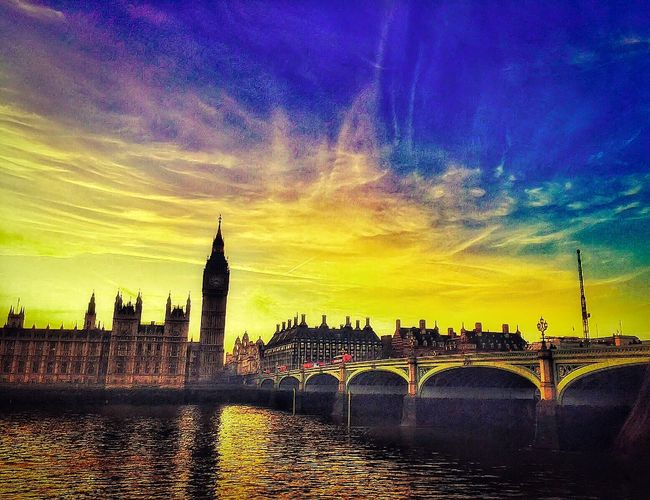 Housesofparliament Bigben Westminsterbridge River Thames LONDON❤ LondonDiaries🇬🇧🇬🇧🇬🇧 Sunset Water Bridge Ilovephotography Evening Light Check This Out EyeEm Gallery Sunset #sun #clouds #skylovers #skyporn #sky #beautiful #sunset #clouds And Sky #beach #sun _collection #sunst And Clouds Amaturephotography Iphonephotography Eye4photography
