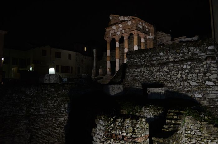 Living The Past Brescia Italy City Cityscape City Life Night Nightphotography Nightlights From My Point Of View Alone Romanruins Nikon Nikon D5100  Nikonphotography The Architect - 2016 EyeEm Awards Nofilter Nofilternoedit Cities At Night