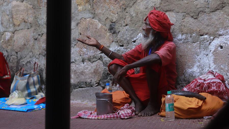 Saint Begging