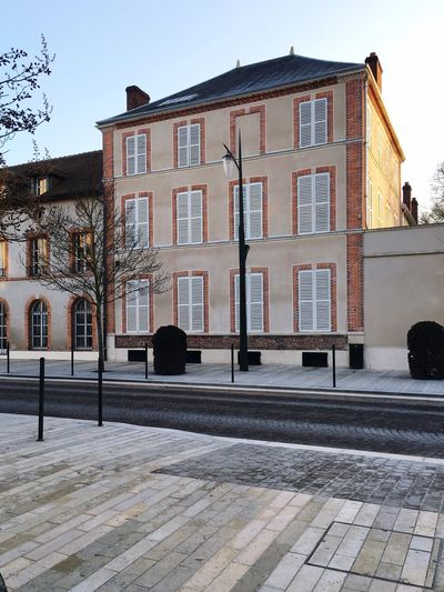 Architecture Building Exterior Built Structure Outdoors No People Tree City Winter Day Snow Sky Missing Window Epernay France Champagne Avenue De Champagne Daylight January Champagne House EyeEm New Here
