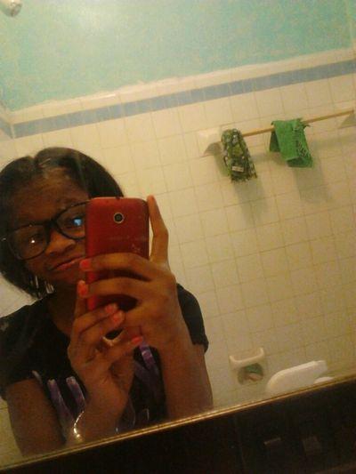 Got My Hair Done :) Lookin Crute Tonite Ready To Look Da Same For 2morrow ;) Byeee