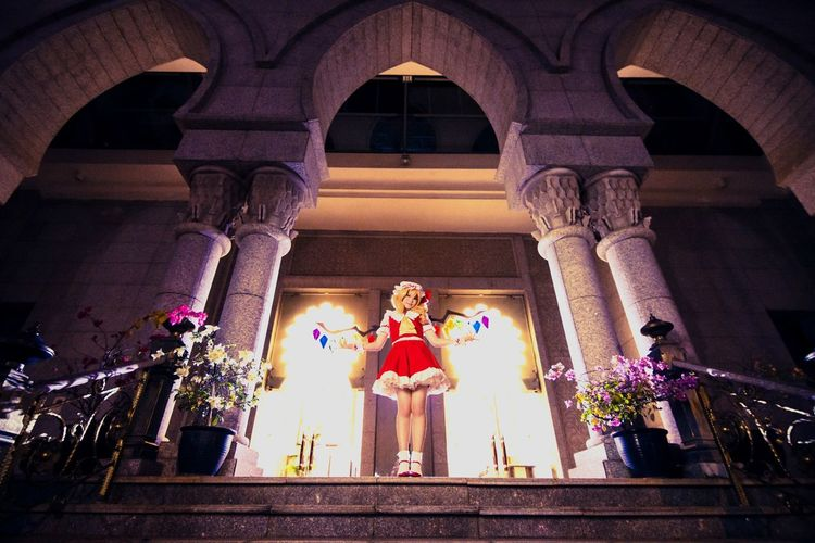 Flandre Scarlet Flandre Scarlet Cosplay Girl Portrait Asdgraphy People Touhou Project Night Palace Mansion Flash Strobe Stairs Vampire Loli The Portraitist - 2017 EyeEm Awards