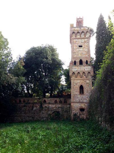 Villa Mirabella Torre Tower Gabbro Colline Livornesi Abandoned Abandoned Places Forgotten Places  Forgottenheritage Decadence Toscana Tuscany Edifici Dismessi Fantasy Dreams Storytelling #SVelando Livorno