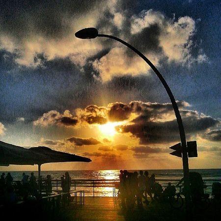 Sunset_lovers in Telaviv port Israel_best