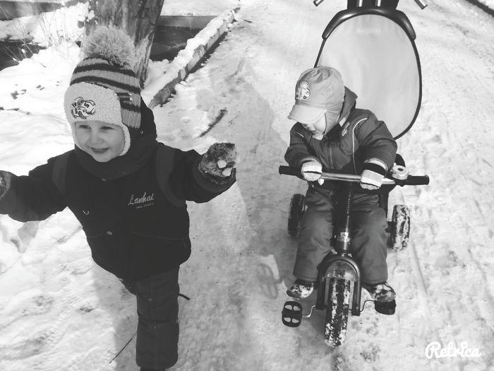 Детки мои) Hi! Hello World Taking Photos Enjoying Life My Love❤ Smile :) Children Winter Snow ❄