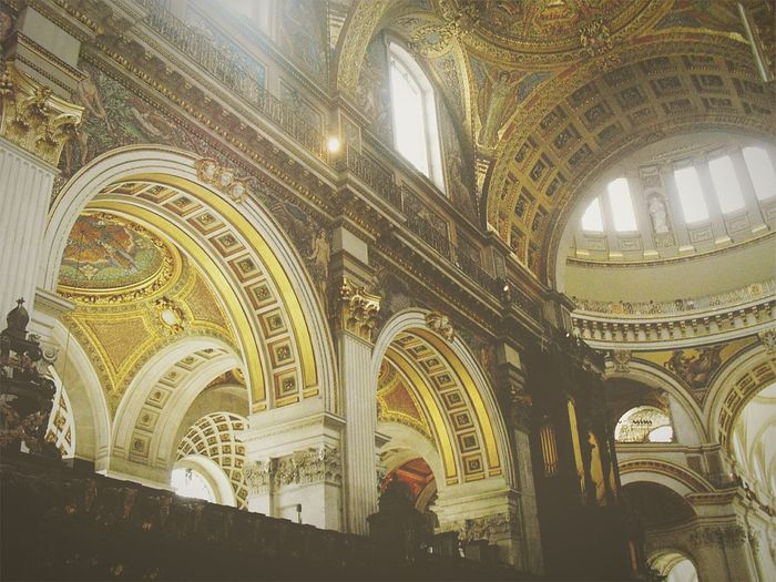 The beauty and wonder of architecture. St. Paul's Cathedral London England Play Of Light Photos Random Shots Twominutehipster Travel