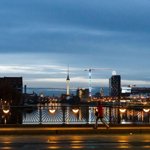 Berlin Nightphotography Oberbaumbrücke Street Photography