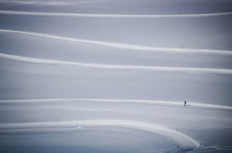 Alone LINE Skiing Alps Beauty In Nature Day Mountain Nature One Person Outdoors People Scenics Ski Sky Snow Sport