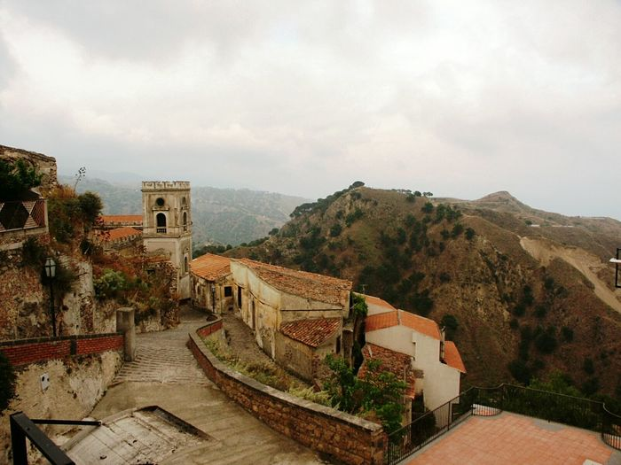 Taking Photos Bella Italia Savoca Relaxing Details Building Structures Architecture Details Architecture Architecture_collection Style Panoramic Landscape Panorama Shot. Buildings Landscapes Urban Urban Exploration Sicilia Sicily Nature And Life The Street Photographer - 2016 EyeEm Awards Hidden Gems  BEIJING北京CHINA中国BEAUTY