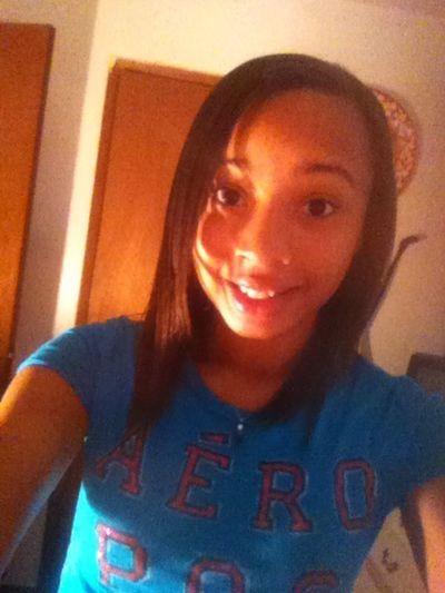 Puttin dis smile on for school