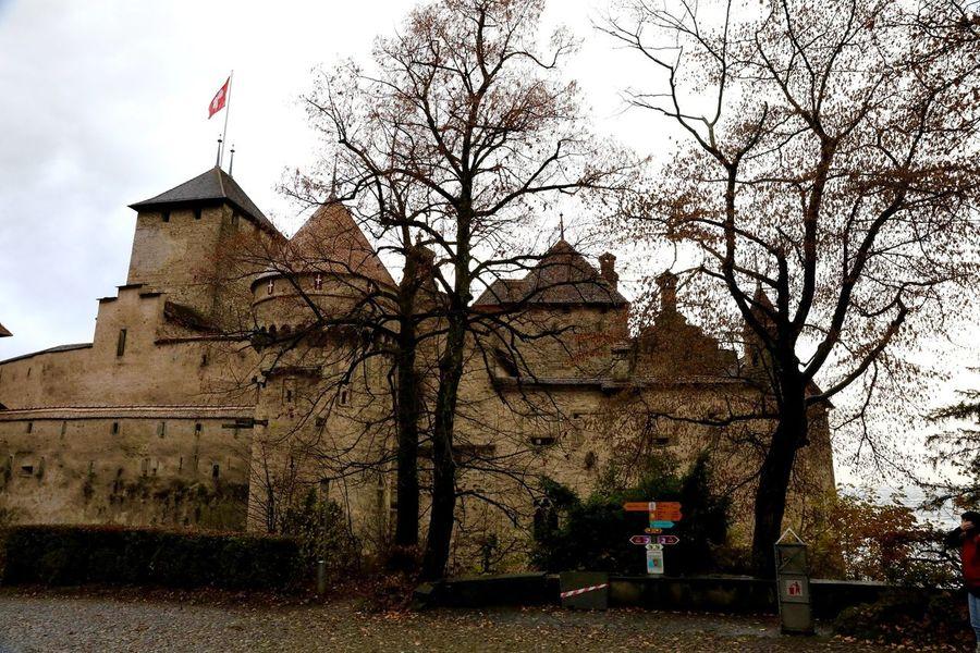 Chillon Castle 🇨🇭 Switzerland Traveling Architecture Traveling Photography