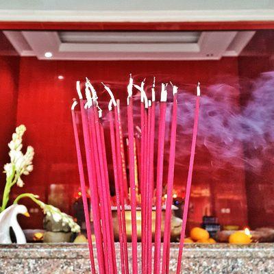 Merayakan hari pertama Hari Raya Imlek dengan berdoa ke vihara. Beruntung ternyata ada vihara di dekat rumah ?. Happychinesenewyear Cny Imleknusantara Location: Cisauk, Tangerang Selatan
