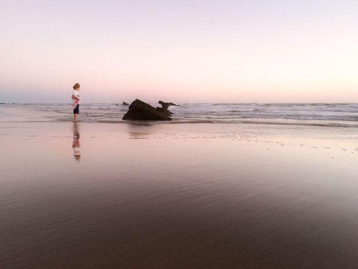 Cuando el horizonte se pierde porque el cielo se funde con el mar en un beso Emotions AMPt_community EyeEm Best Shots EyeEm Best Edits OpenEdit Enjoying The Sun Sunset_collection Sky_collection Relaxing