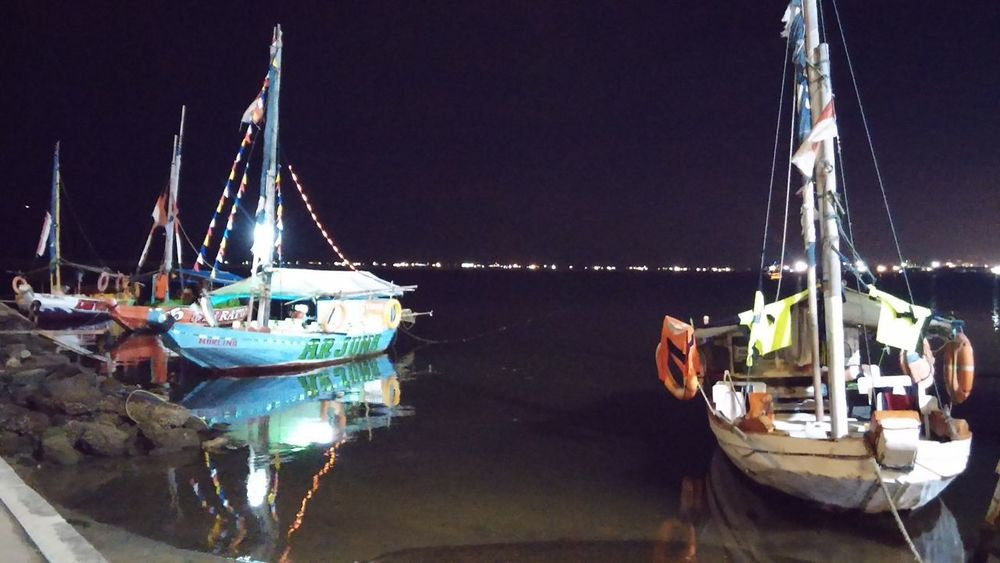 Water Reflections Night Photography Ancol Beach City Jakarta,indonesia