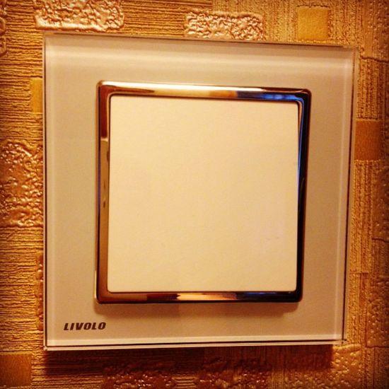 Фирменный китай рулит. Обновляю выключатели Livolo выключатель ремонт электрика Onlineshopping