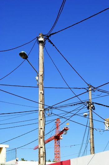 Plugged Ileintense électricité Iledelareunion
