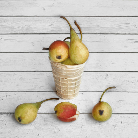 STILL LIFE Apple - Fruit Close-up Day Food Food And Drink Freshness Fruit Granny Smith Apple Healthy Eating Indoors  No People Pear Studio Shot Table Wood - Material