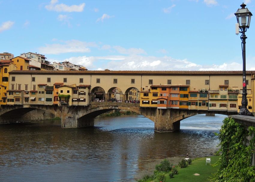 Bridge - Man Made Structure Architecture River Built Structure Connection Travel Destinations City Outdoors Building Exterior Cloud - Sky Day Water Sky Cityscape No People Urban Skyline Florence Italy Firenzemadeintuscany Firenze Firenze, Italy Perspectives On Nature EyeEmNewHere The Architect - 2018 EyeEm Awards
