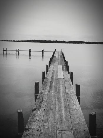 This public acces dock was a little scary at first, but we made it to the end!! OpenEdit Balck And White Photography At The Lake Fishing Camping Hanging Out Pretty♡ Dock Check This Out Relaxing Enjoying Life Eyeemphoto Picturejunkie Iowa Waterscape