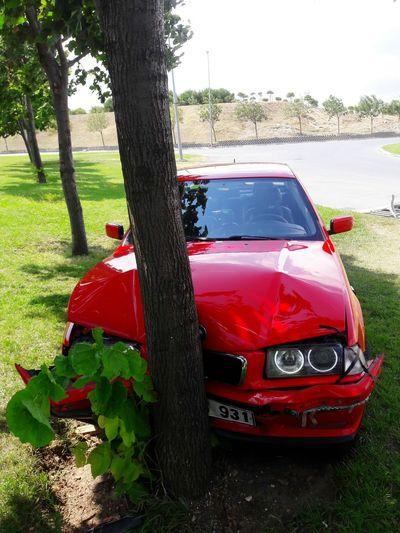 Suprisemadafaka Red Car WestCoast Westside Crash Bmwmafia Bmwgang Babawest34 Kurucusubenim M43 Hellrot 318i E36 Hayallerhavaiihayatlarsanayi Workworkwork Driftcrash