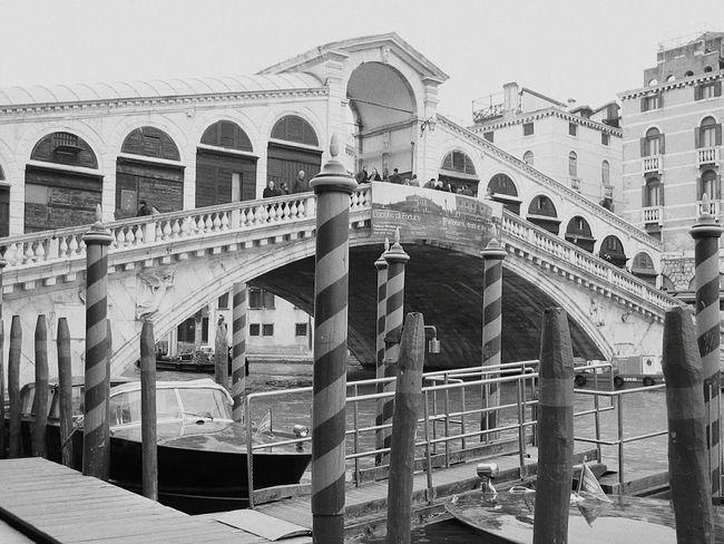 Ponte Di Rialto Rialtobridge Venezia Venice Rialto Venice, Italy Blackandwhite Photography Monochrome Venice Canals Grand Canal